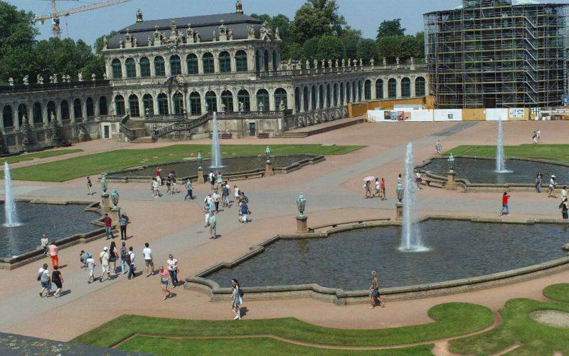 Zwinger Dresden - Blick in den Innenhof zum Wallpavillon