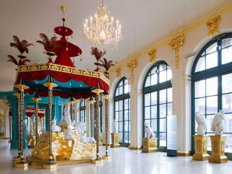 Porzellansammlung Dresdner Zwinger: Baldachin nach chinesischem Vorbild © Staatliche Kunstsammlungen Dresden; Foto: Jürgen Lösel