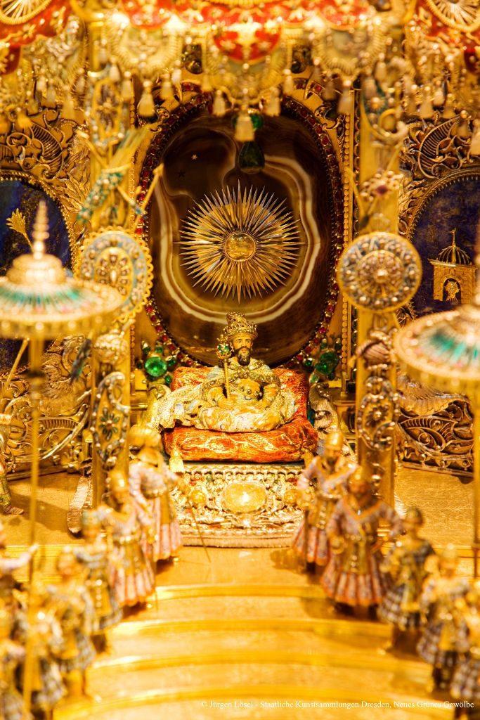 """Nahaufnahme Kabinettstück """"Der Hofstaat zu Delhi am Geburtstag des Großmoguls Aureng-Zeb"""" © Jürgen Lösel - Staatliche Kunstsammlungen Dresden"""