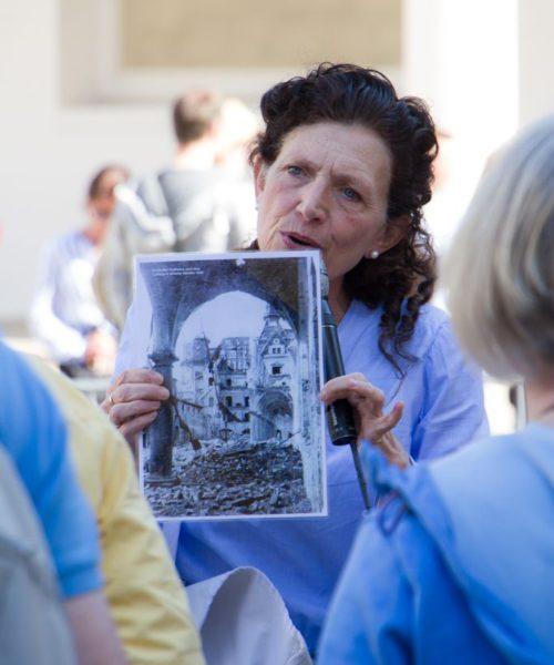 Bilder von Damals und Heute - der Stallhof zerstört nach dem 2. Weltkrieg