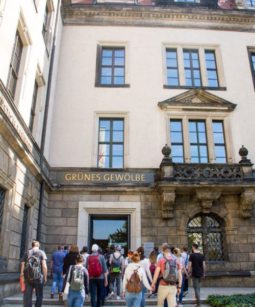 Eingang Grünes Gewölbe / Schloss vom Taschenberg