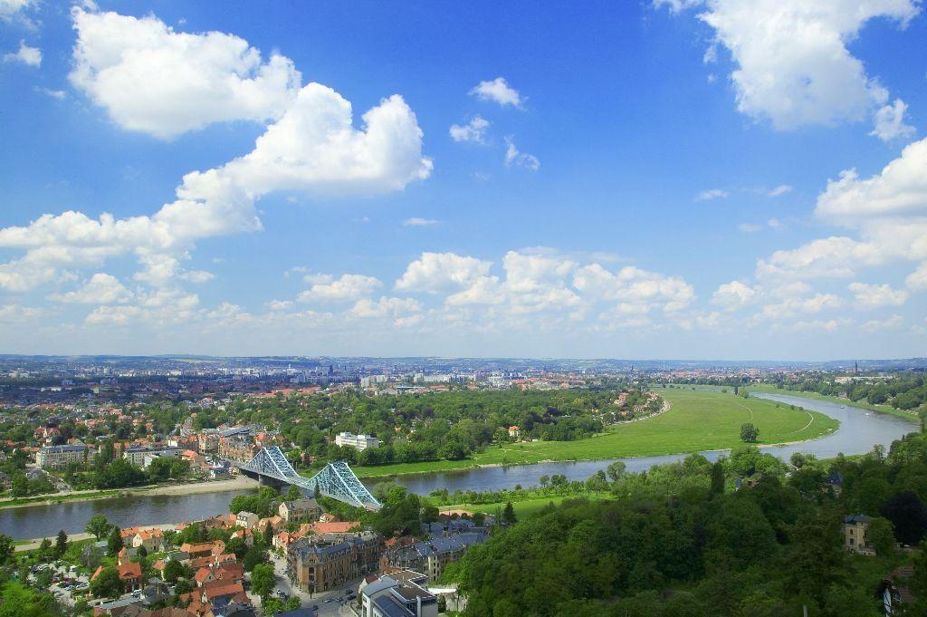 Dresdner Elbtal mit Blauem Wunder