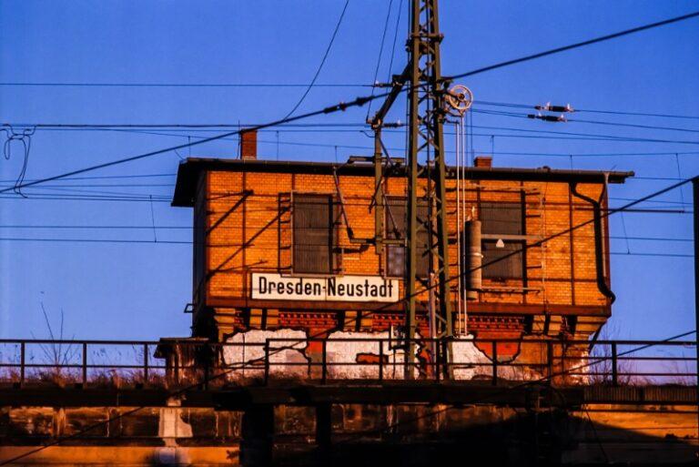 Bahnhof Dresden-Neustadt   Gruppenführung in der Dresdner Neustadt