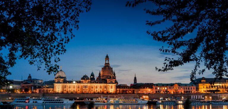 Panorama Dresden bei Nacht | Öffentliche Führungen