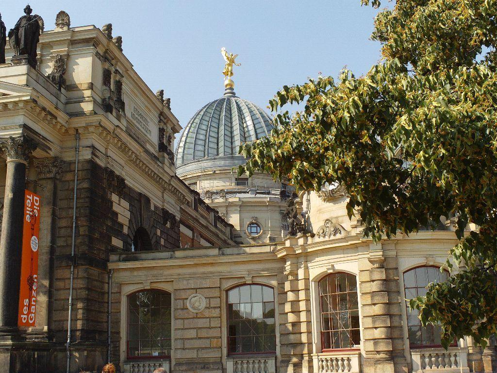Kunstakademie Dresden - Zitronenpresse | Öffentliche Führungen Dresden | Das Königliche